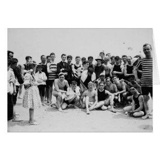 Escena Coney Island de la playa del vintage Tarjeta
