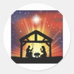 Escena cristiana tradicional de la natividad del etiquetas redondas