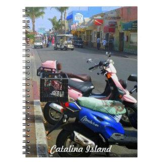 Escena de la calle de la isla de Catalina Libretas Espirales