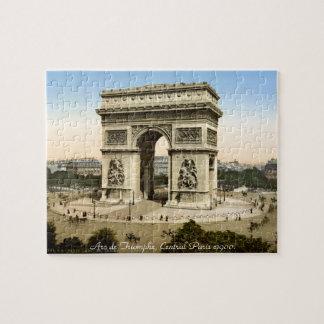 Escena de la calle de París del vintage, Arco del Puzzles Con Fotos