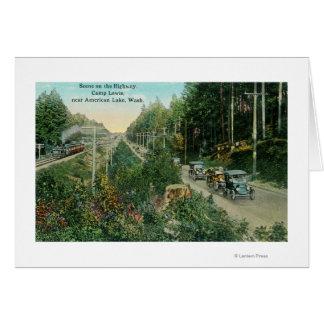 Escena de la carretera cerca del lago americano tarjeta de felicitación
