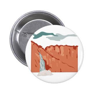 Escena de la cascada pin redondo 5 cm