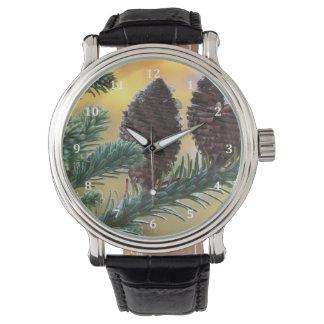 Escena de la naturaleza de los arbolados de los reloj de mano