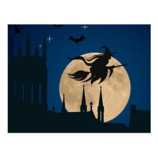 Escena de la noche de Halloween Postal