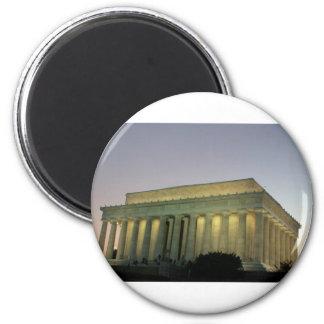 Escena de la noche de Lincoln Memeorial Imán Redondo 5 Cm