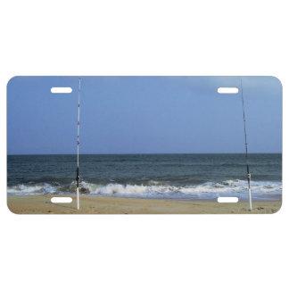 Escena de la playa con el trole placa de matrícula