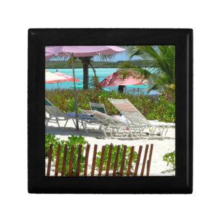 Escena de la playa de la isla caribeña joyero cuadrado pequeño