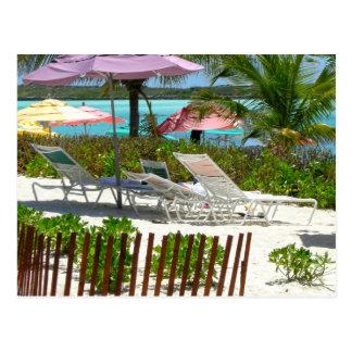 Escena de la playa de la isla caribeña tarjetas postales