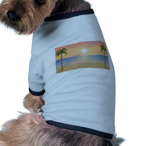 Escena de la playa de la puesta del sol: camiseta de mascota