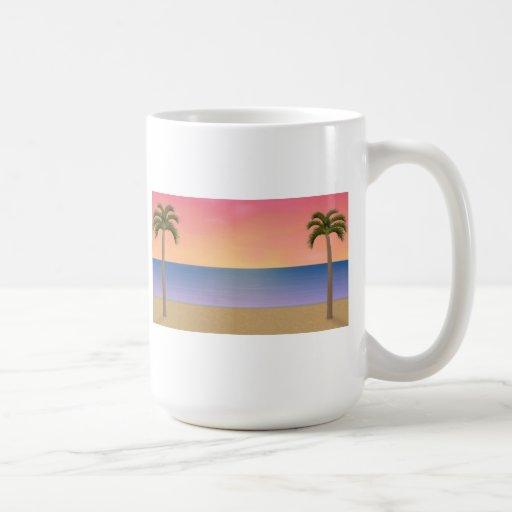 Escena de la playa de la puesta del sol: taza clásica