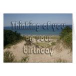 Escena de la playa del cumpleaños tarjetón