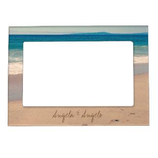 Escena de la playa personalizada para los pares marcos magnéticos para fotos