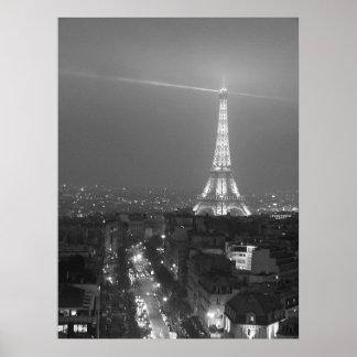 Escena de la torre Eiffel y de la calle Poster