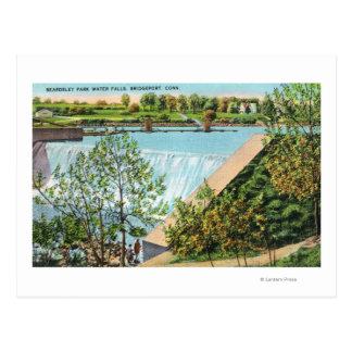 Escena de las caídas del agua del parque de postal