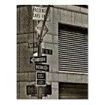 Escena de NYC Streetcorner Tarjeta Postal