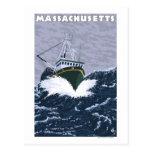 Escena del barco de pesca de MassachusettsCrab Postales