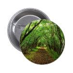 Escena del bosque con la trayectoria pin