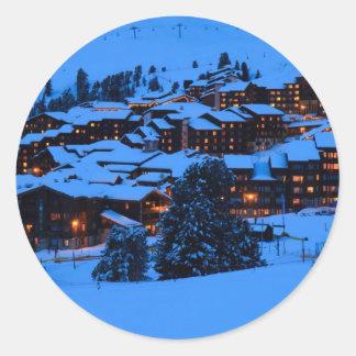 Escena del invierno pegatinas redondas