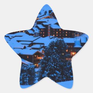 Escena del invierno pegatina en forma de estrella