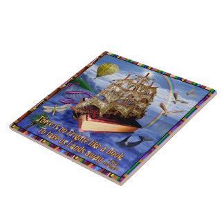 Escena del océano de la nave del libro con la cita azulejo cuadrado grande