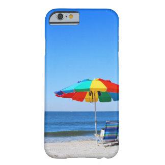 Escena del océano y de la playa funda de iPhone 6 barely there