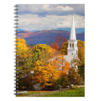 Escena del otoño en Peacham, Vermont, los E.E.U.U. Libro De Apuntes