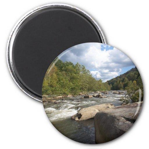 Escena del río de Virginia Occidental Imanes De Nevera
