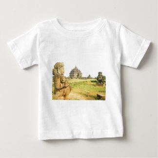 Escena del vintage en Java central, templo, T-shirt