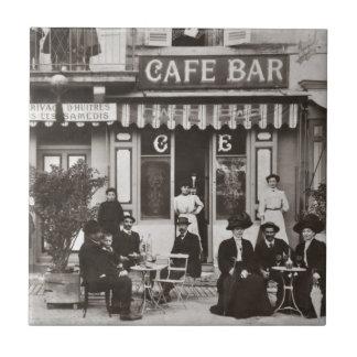Escena francesa de la calle de la barra del café azulejo cuadrado pequeño