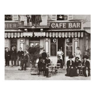 Escena francesa de la calle de la barra del café tarjeta postal