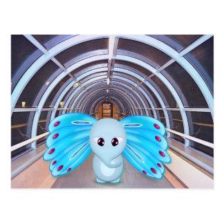 Escena futurista, elefante de la mariposa tarjetas postales