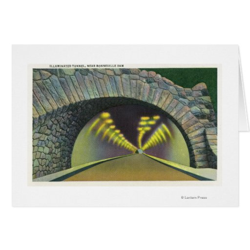 Escena iluminada del túnel cerca de la presa de Bo Tarjetas