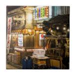 Escena japonesa de la ciudad tejas  ceramicas