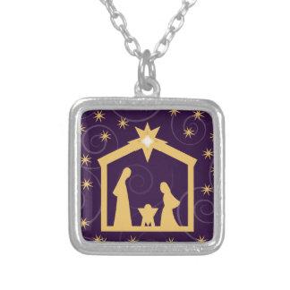 Escena púrpura de la natividad del navidad de la collares