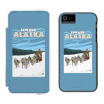 Escena Sledding del perro - Seward, Alaska Funda Billetera Para iPhone 5 Watson
