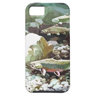 Escena subacuática de la pesca de la trucha iPhone 5 fundas