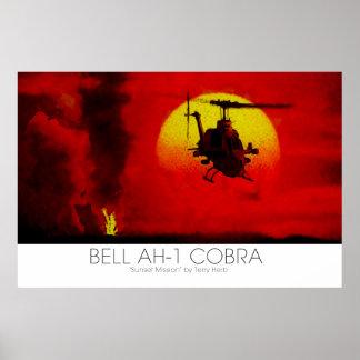 Escena surrealista del helicóptero de ataque de la poster