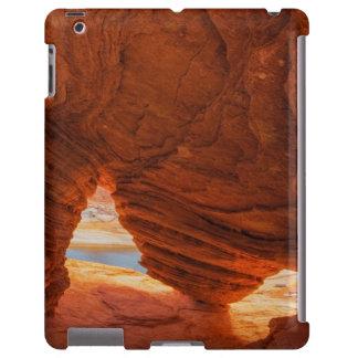 Escénico de la cueva erosionada de la piedra funda para iPad