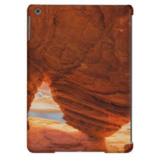 Escénico de la cueva erosionada de la piedra funda para iPad air