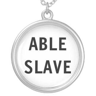 Esclavo capaz del collar