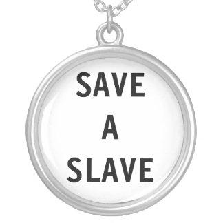 Esclavo de SaveA del collar