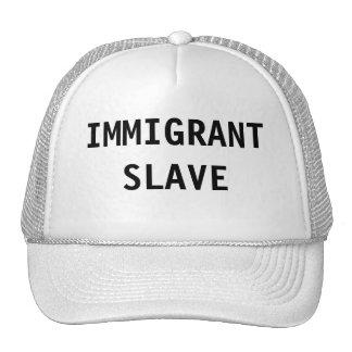 Esclavo del inmigrante del gorra