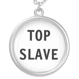 Esclavo superior del collar
