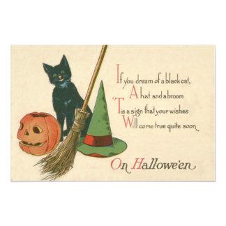 Escoba del gorra de la bruja del gato negro de la fotografía