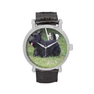 Escocés adorable Terrier Reloj