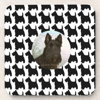 Escocés blanco y negro Terrier de la foto de encar Posavasos De Bebida
