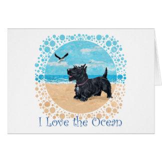 Escocés en la playa tarjeta de felicitación
