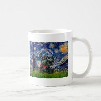 Escocés Terrier 12c - noche estrellada Taza Básica Blanca