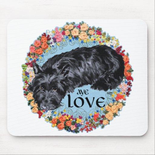 Escocés Terrier:  ¡Aye, amor! Alfombrillas De Ratón