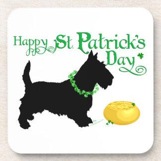 Escocés Terrier del día de St Patrick Posavaso